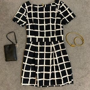 French Connection Black White dress with pockets M